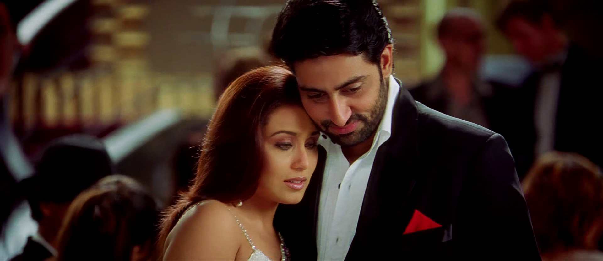 Rani and Abhishek in KANK