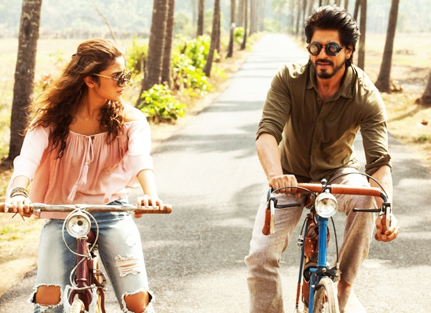 """Dear Zindagi""… A breezy appointment with the 'Brain Doctor'!"
