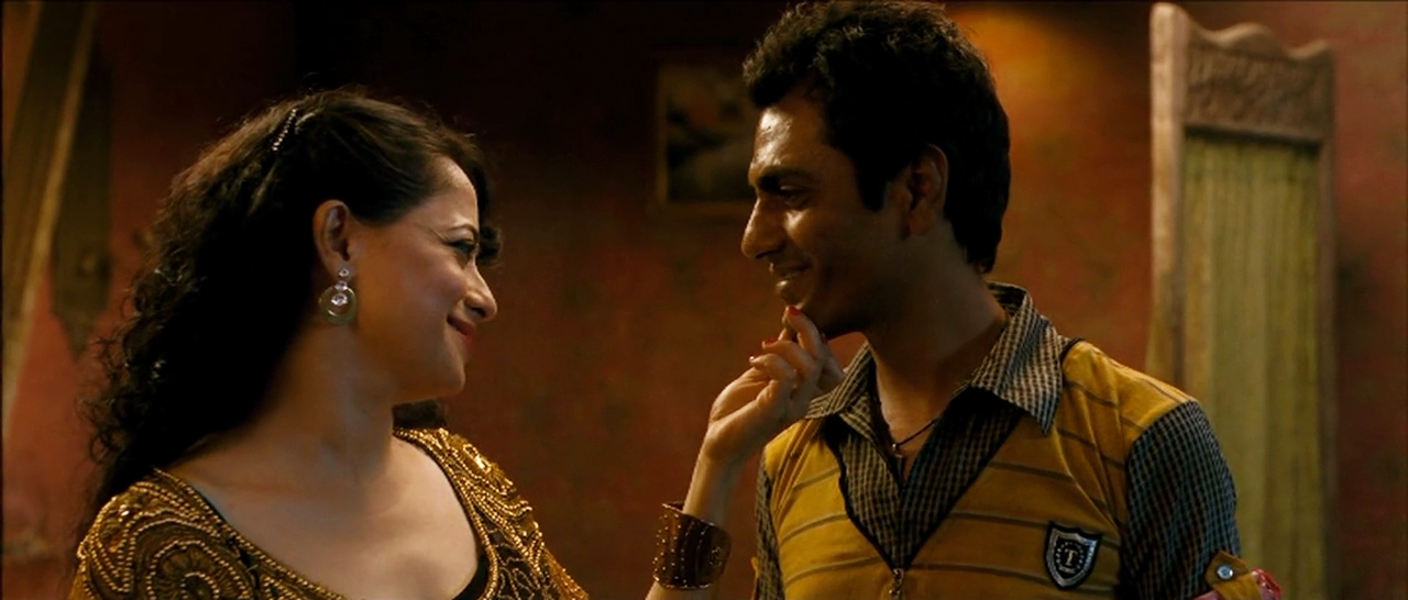 Nawazuddin and Sheeba Chadda in Talaash